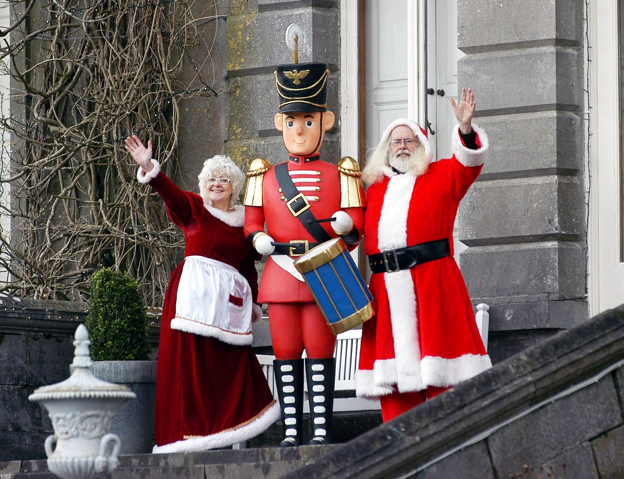 Wanted Santa S Helpers Westport House